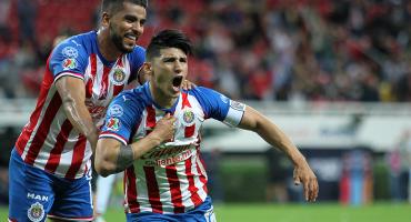 Alan Pulido niega que busque más dinero en Chivas tras el guiño a la MLS