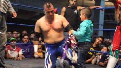 Balearon al luchador 'Corsario de Fuego' en plena función en Veracruz