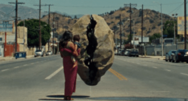 ¡Bon Iver estrena un experimental videoclip para