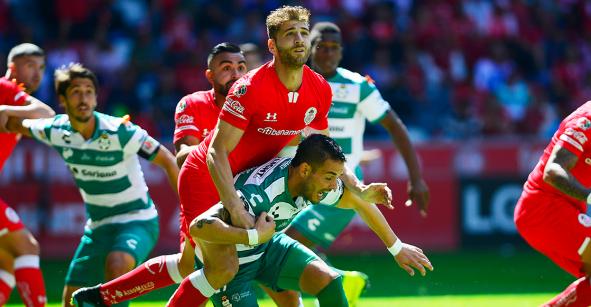 'Chepo' no estuvo en el estadio en el empate del Toluca ante suplentes de Santos