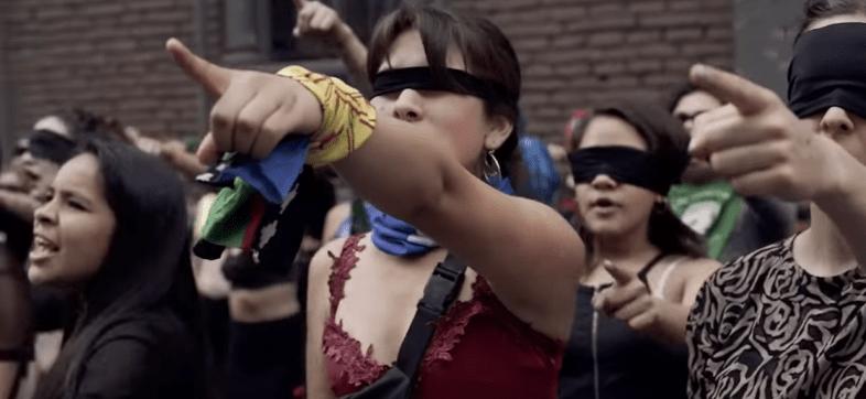 colectivo-performance-cancion-chile-feminista-violador-eres-tu-mexico-cdmx-zocalo-destacada