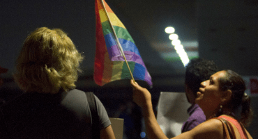 Otra vez Nuevo León: Expulsan a niño de secundaria por tener tío homosexual