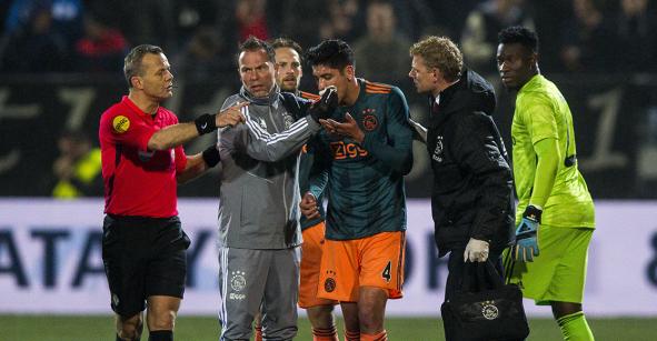 El codazo que dejó fuera del partido a Edson Álvarez en la goleada del Ajax