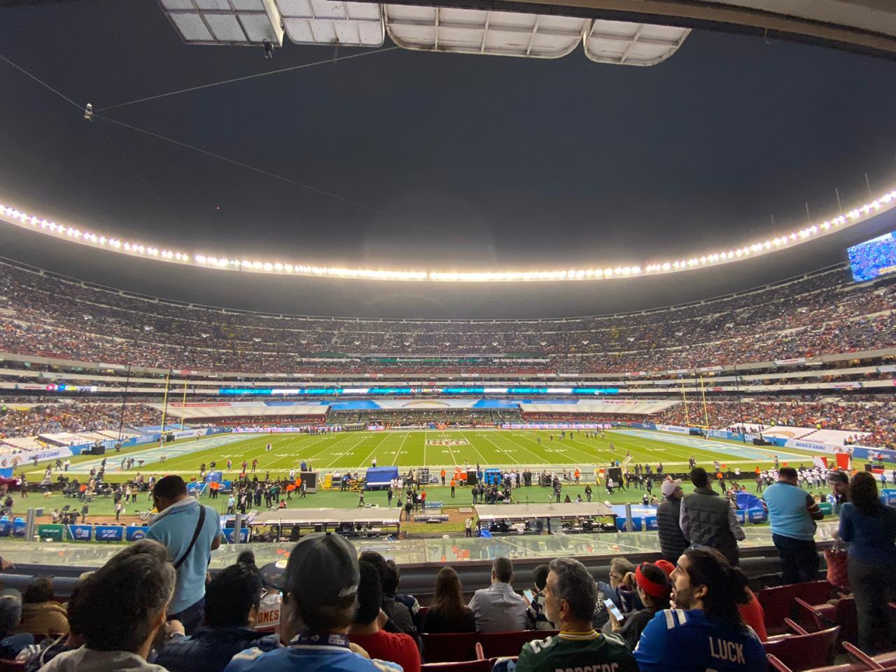 En imágenes y videos, así se vivió el juego entre Chiefs vs Chargers en México