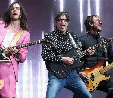 La total evolución de una banda a través de colores: Una entrevista con Weezer
