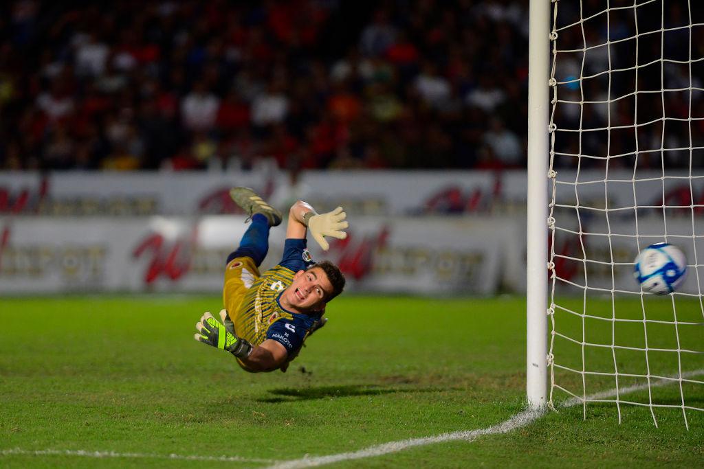 """Kuri llamó """"equipos chiquitos"""" a Rayados y Tigres y espera que Jurado vaya a Europa"""