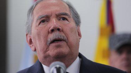 Renuncia ministro de Defensa colombiano por muerte de 8 menores en bombardeo
