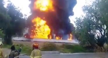 ¿Otra vez? Se incendia un ducto de Pemex en el municipio de Tetepango, Hidalgo