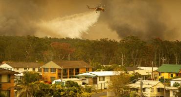 Altas temperaturas y sequías provocan emergencia por múltiples incendios forestales en Australia