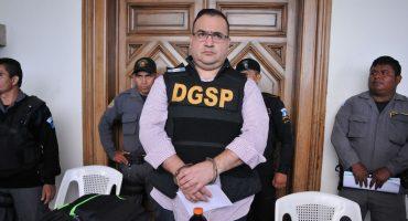 ¿Qué significa que Javier Duarte haya recibido un amparo?