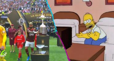 Los memes se van con todo contra Gabigol tras tocar la Copa Libertadores