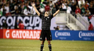 Raúl Jiménez amenaza con seguir en 'modo killer' para ser titular en la Selección Mexicana