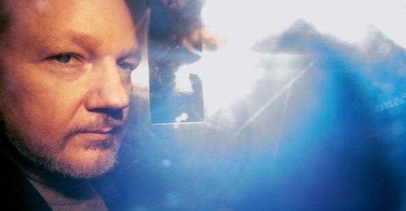 Suecia ya no investiga a Julian Assange por el caso de violación