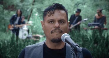 San Pascualito Rey invita a sus amigos para cantar junto a ellos