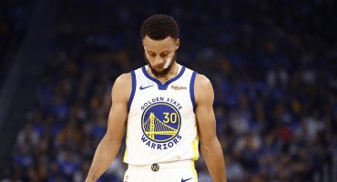 Steph Curry causará baja durante tres meses con los Warriors