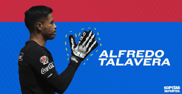 Talavera encontró en La Parka una fuente de inspiración para sus guantes de esqueleto