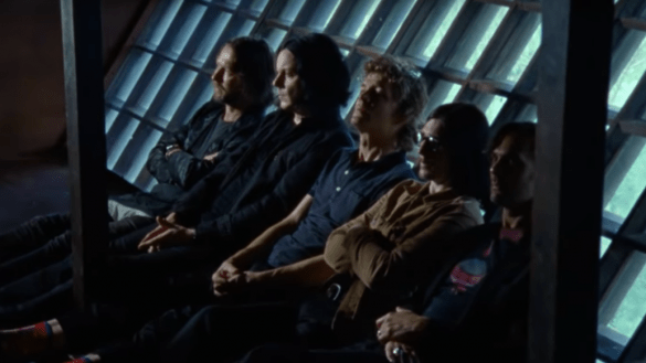 The Raconteurs estrena el macabro video de