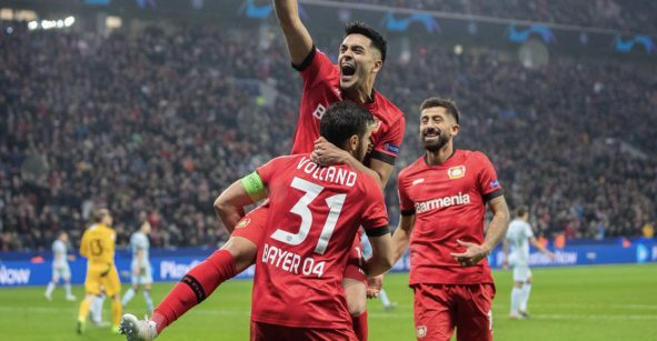 Bayer Leverkusen sorprendió al Atlético y se mantiene con vida en la Champions