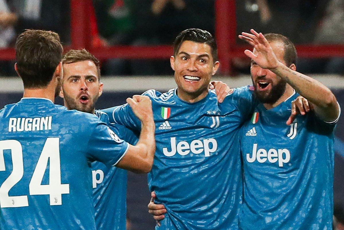 Juventus alarga su clasificación a Octavos tras empatar con el Lokomotiv