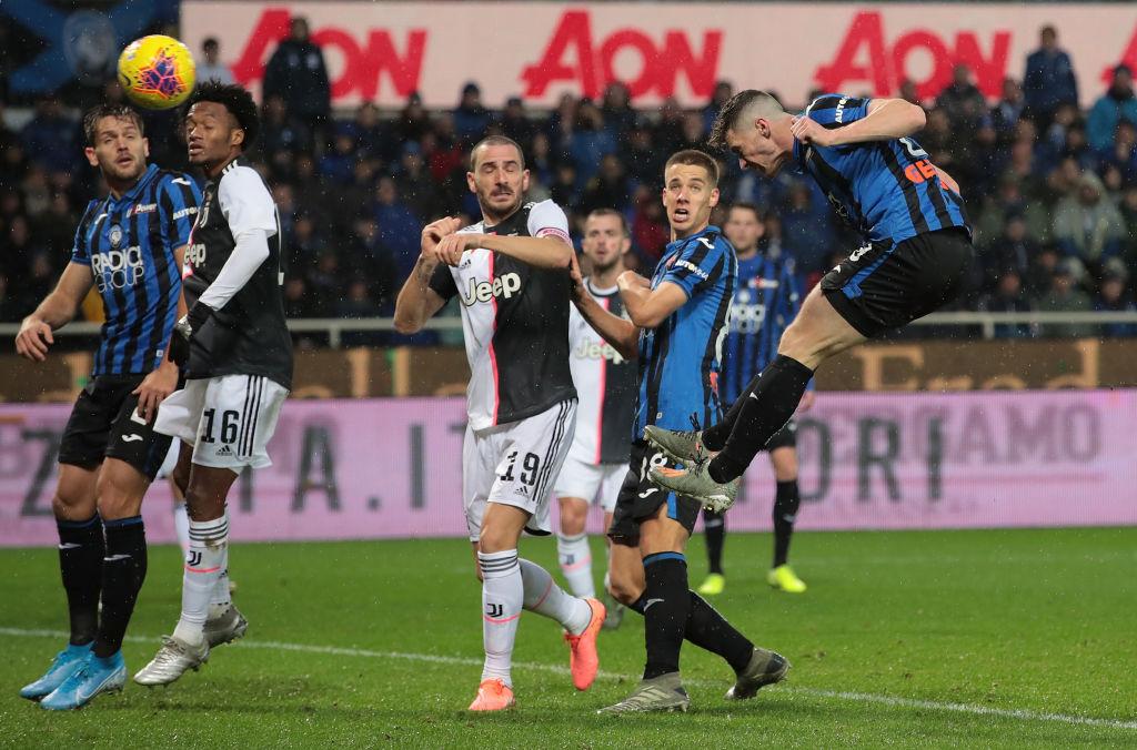 Gonzalo Higuaín rescató el invicto de la Juventus con doblete al Atalanta