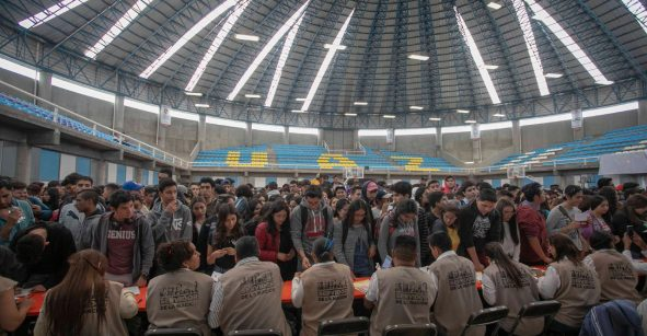 Detectan que 2 mil pseudo estudiantes de Veracruz se inscribieron para recibir becas