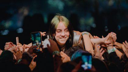 ¡Billie Eilish dio su primer concierto acústico en los Apple Music Awards 2019!