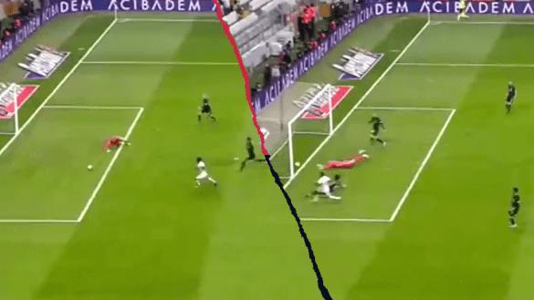 Regalo navideño: Karius volvió a hacer un Karius en la Superliga de Turquía
