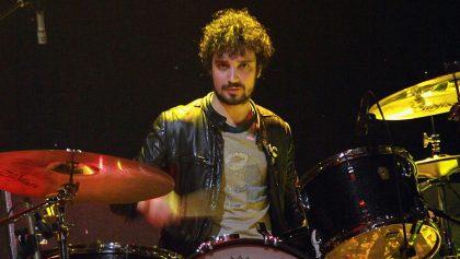 Fabrizio Moretti, baterista de The Strokes, lanzó un nuevo álbum como Machinegum