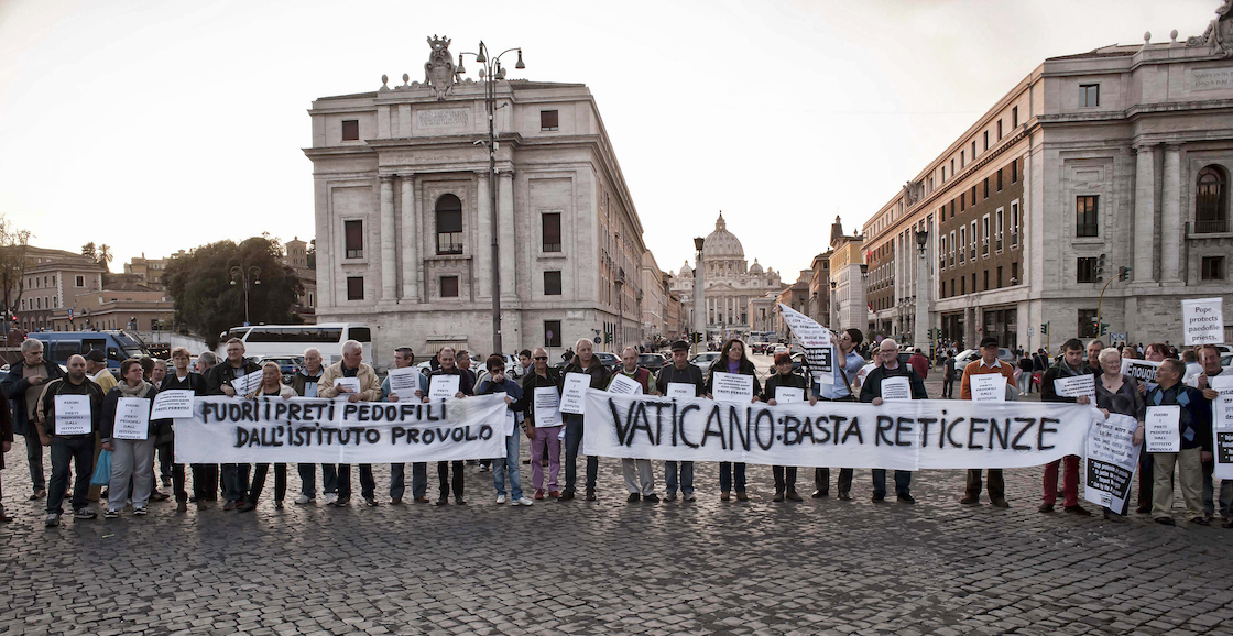vaticano-denuncias-abuso-sexual-década