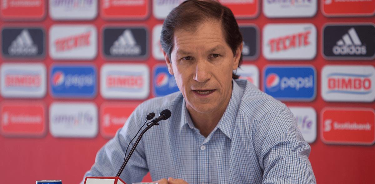 Jaime Ordiales renunció con Querétaro y llegaría a Cruz Azul