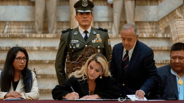 Jeanine-Añez-bolivia-embajadora-de-méxico