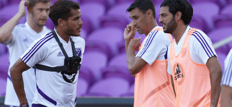 Jonathan dos Santos dijo que Carlos Vela tiene una oferta del Barcelona