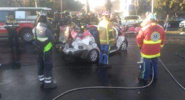Bebió y chocó contra un taxi en Iztapalapa; hay cinco personas muertas