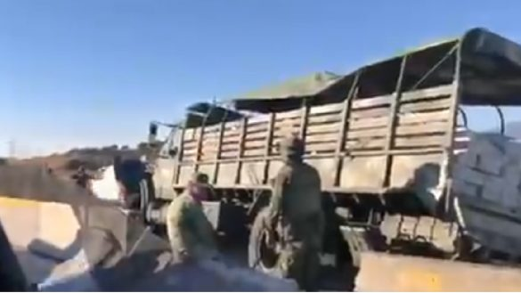 Vehículo de la SEDENA sufre un fuerte accidente en Puebla y hay militares lesionados