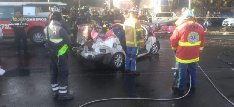 Bebió, chocó contra un taxi y mató a cinco personas en Iztapalapa