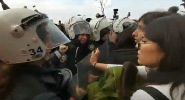 ¡¿Perdón?! Policía de Turquía reprime