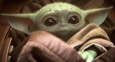 Le hacen su propio cóctel a Baby Yoda en un bar de Minneapolis