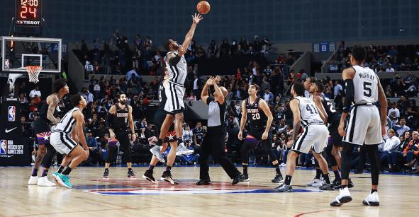 ¡Dramático! Spurs derrotan en tiempo extra a los Suns en México