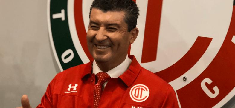 """""""Me siento como en casa"""": Toluca presentó al 'Chepo' de la Torre"""