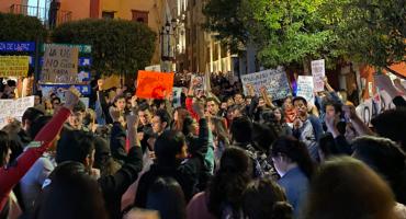 Estudiantes de la Universidad de Guanajuato protestan por el caso de Ana Daniela Vega