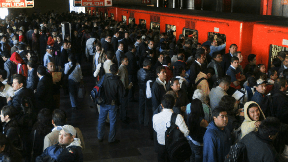 Zapato-metro-linea-6-CDMX
