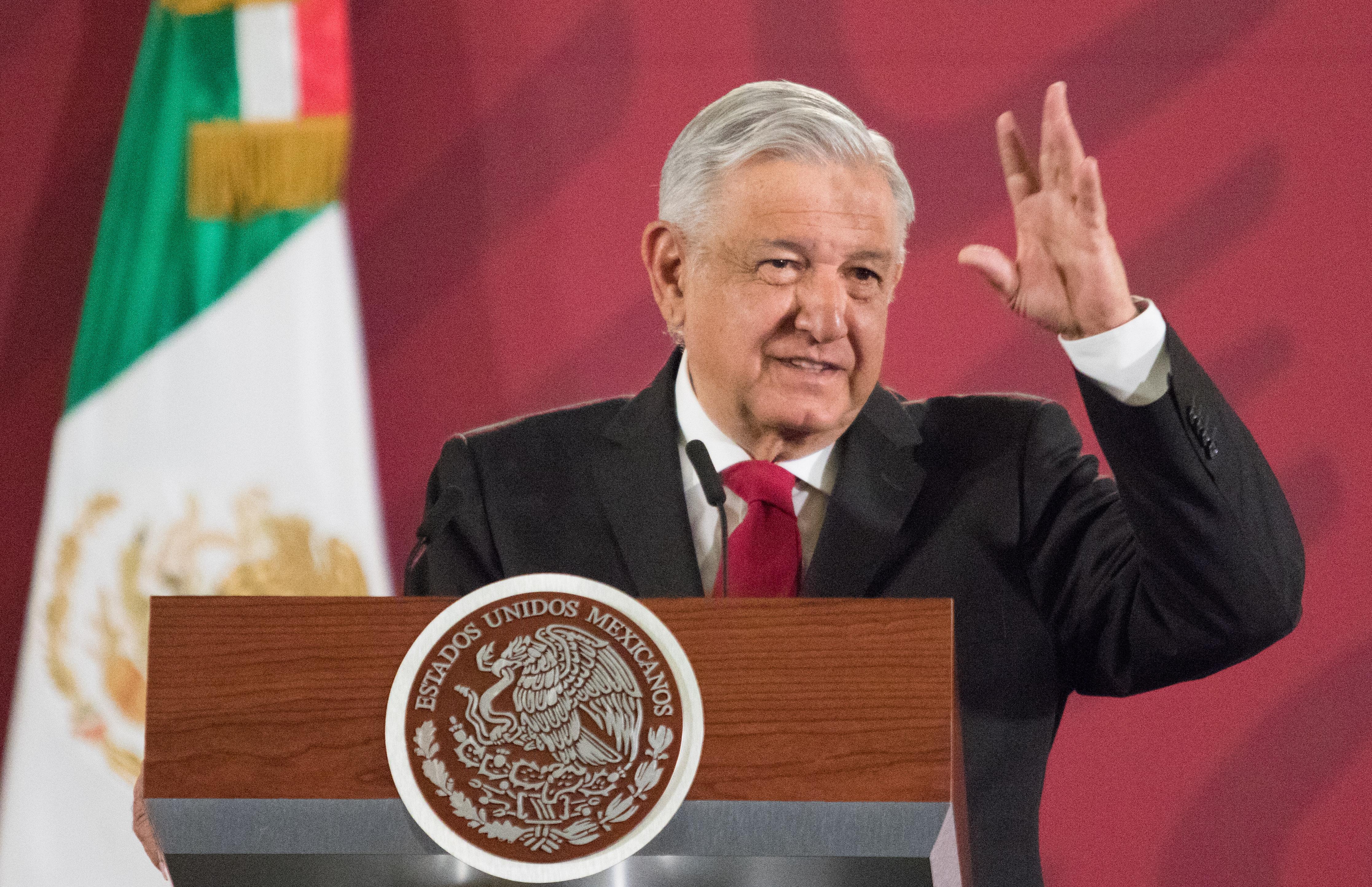 Mmmta... que dice AMLO que no se investigará a García Luna; sólo se colaborará con EU