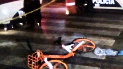 Detienen a chofer que se fugó tras atropellar a un ciclista y usuario de Mobike