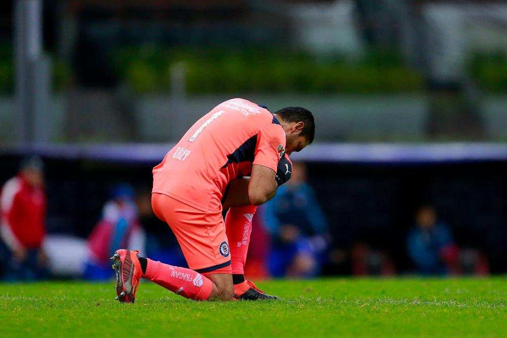 A Jurado no le gusta: Cruz Azul renovó a Jesús Corona hasta el 2021
