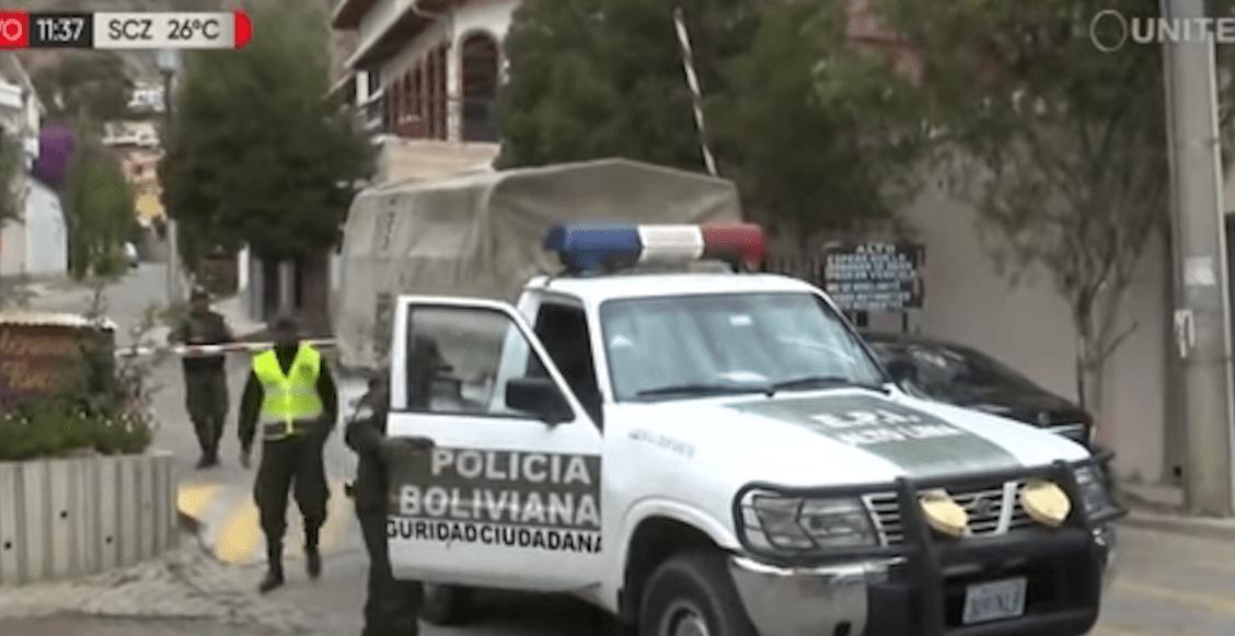 encapuchados-embajada-de-méxico-bolivia