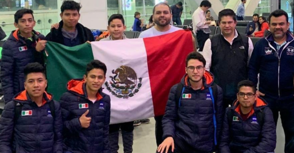 ¡Orgullo mexicano! Estudiantes de primaria y bachillerato se llevan la victoria en el Torneo Mundial de Robótica