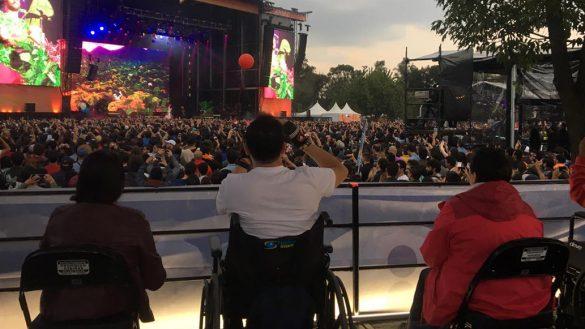 ¿Por qué es importante que los festivales tomen iniciativas hacia las personas con discapacidad?