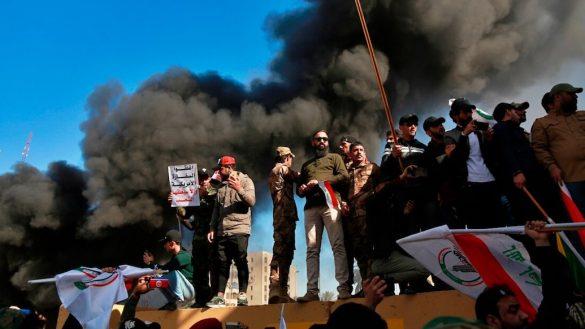 fuego-ataque-embajada-estados-unidos-irak-iran-donald-trump-culpa