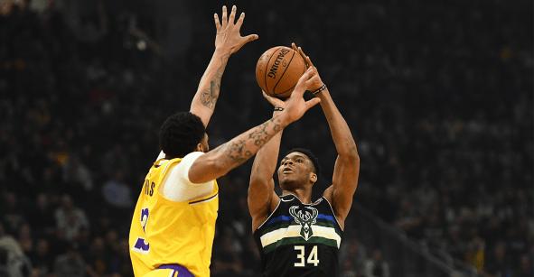 Giannis Antetokounmpo aplaca a los Lakers y los Bucks reinan en la NBA