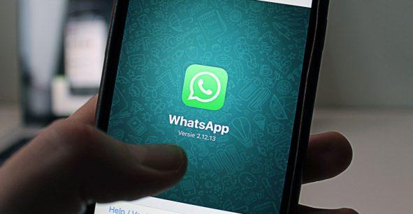 Así es como puedes configurar tu WhatsApp para que no te agreguen a grupos sin tu permiso